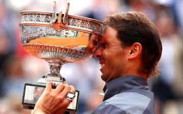 Nadal vô địch Pháp mở rộng: Đạt cột mốc vô tiền khoáng hậu để đe dọa kỷ lục Grand Slam của Federer