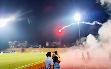 Công an Hà Nội truy tìm người bắn pháo khiến fan nữ bị bỏng nặng, phải nhập viện cấp cứu khẩn cấp