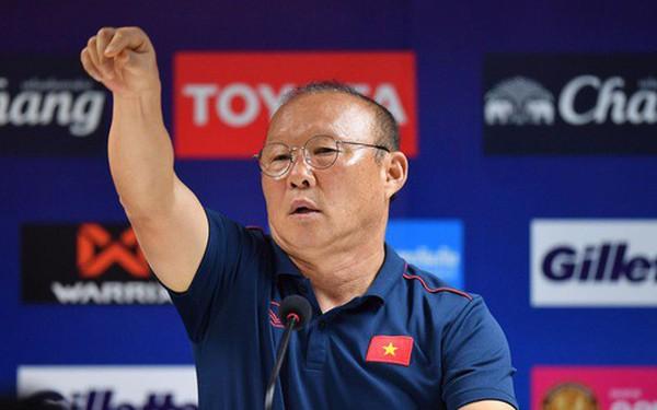 HLV Park Hang-seo đồng cảm với người đồng nghiệp có thể bị sa thải sau thất bại trước Việt Nam