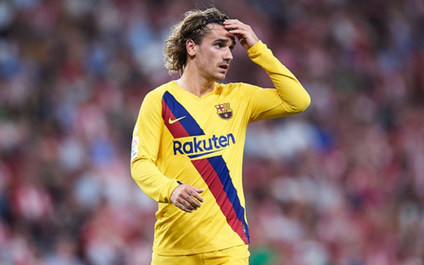 """Siêu phẩm tung người """"cắt kéo"""" phút 89 khiến Barcelona trắng tay trận khai màn La Liga"""
