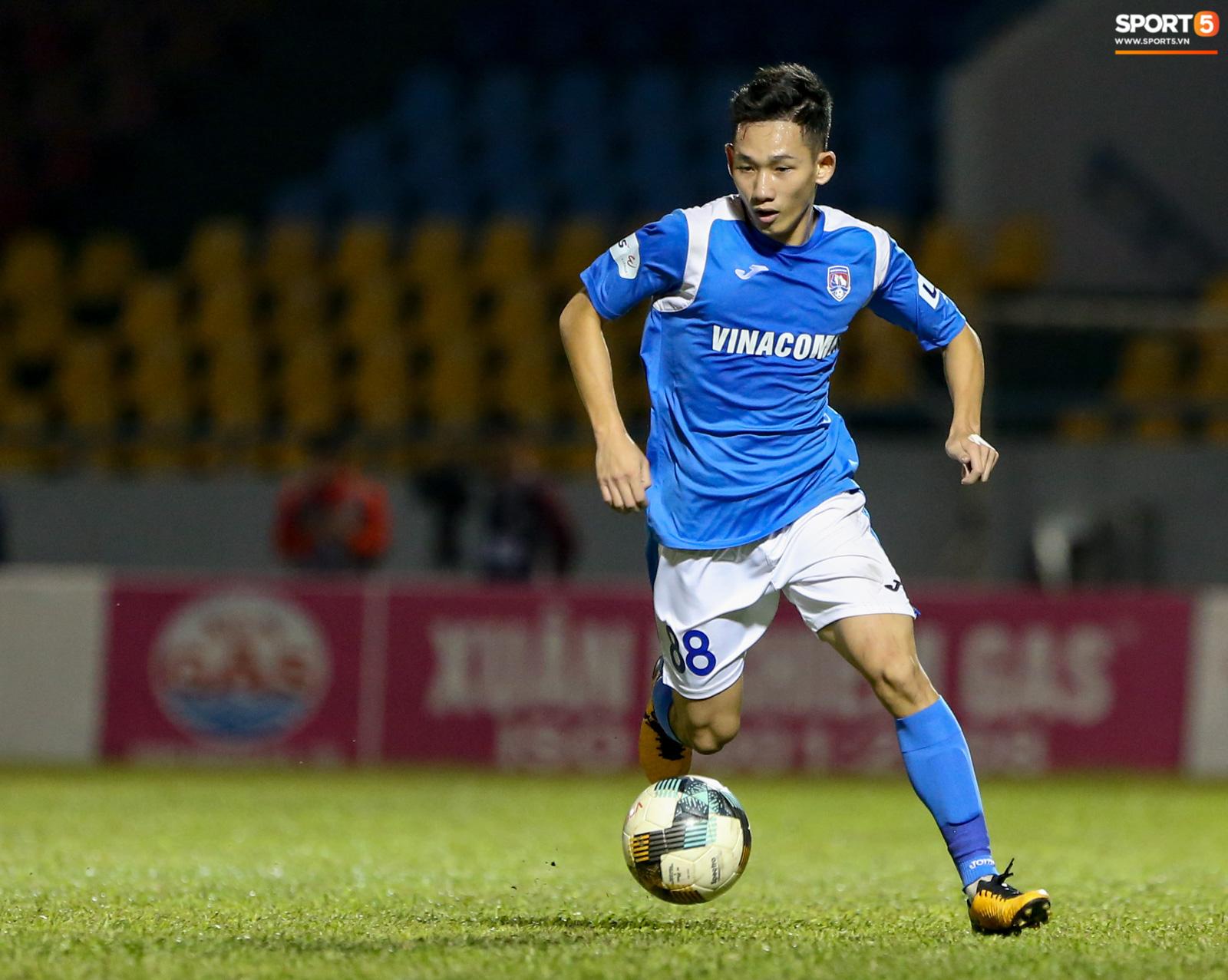 Cầu thủ 29 tuổi lại được tiến cử cho HLV Park Hang-seo, cạnh tranh bộ tứ trung vệ quyền lực - Ảnh 2.