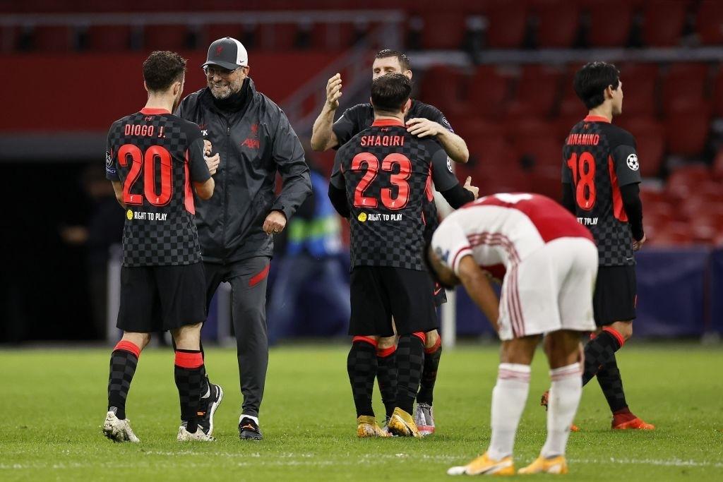 Trận đầu vắng trung vệ thép Van Dijk, Liverpool chật vật giành 3 điểm nhờ bàn thắng may mắn - Ảnh 7.
