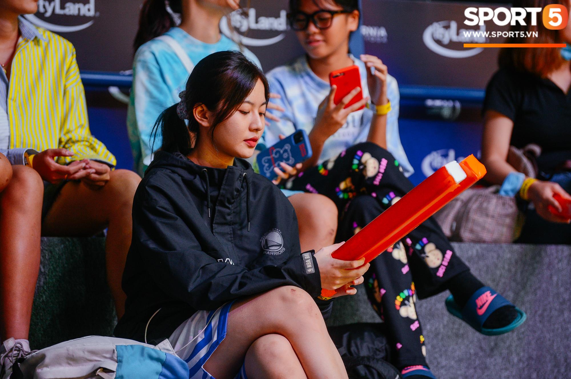 Dàn nữ cổ động viên xinh ngất ngây hâm nóng trận đấu Nha Trang Dolphins gặp Saigon Heat - Ảnh 9.