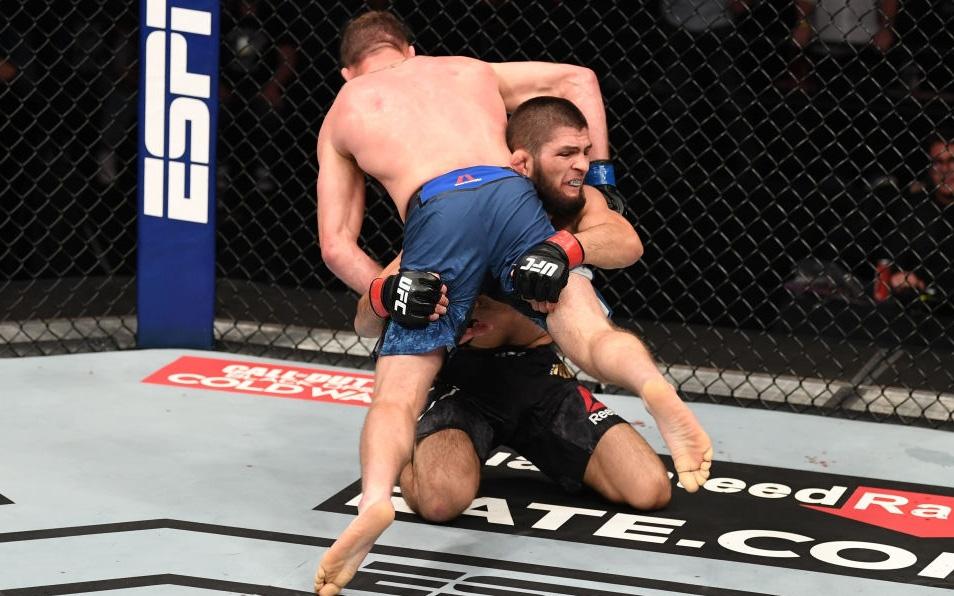 Hé lộ số tiền Khabib và Gaethje nhận về sau trận đại chiến tại UFC