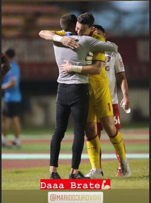Đặng Văn Lâm cản phá xuất thần, chiếm spotlight trong trận thắng của Muangthong United: Cứ mang Kawin đến đây! - Ảnh 2.