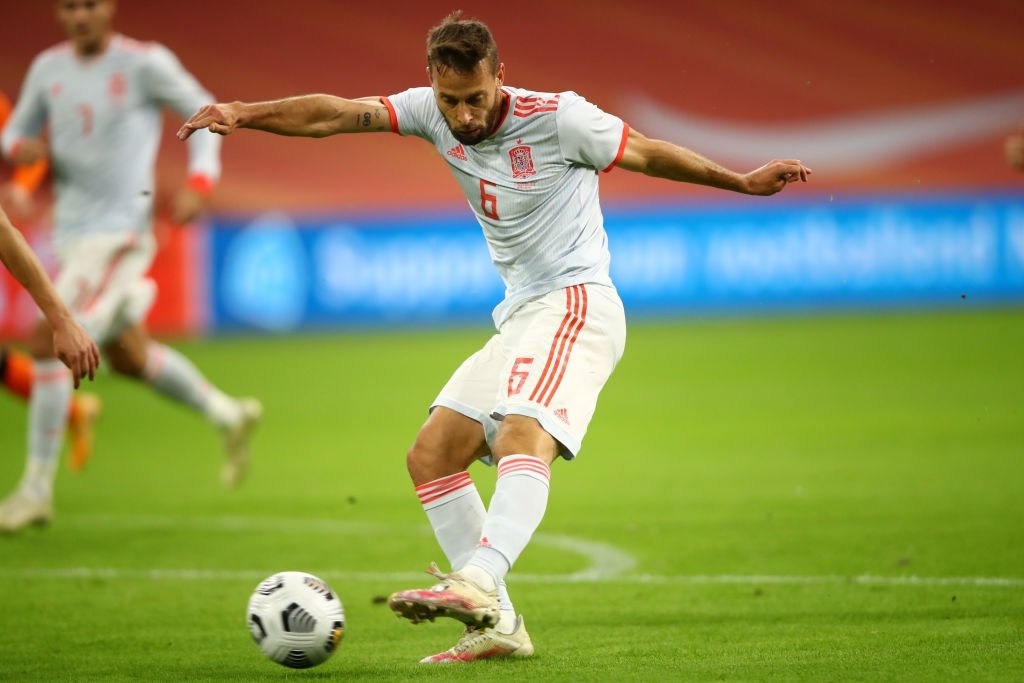 """Tân binh bị """"lãng quên"""" ở Man Utd: Donny van de Beek tỏa sáng, giải cứu ĐT Hà Lan trước Tây Ban Nha  - Ảnh 2."""