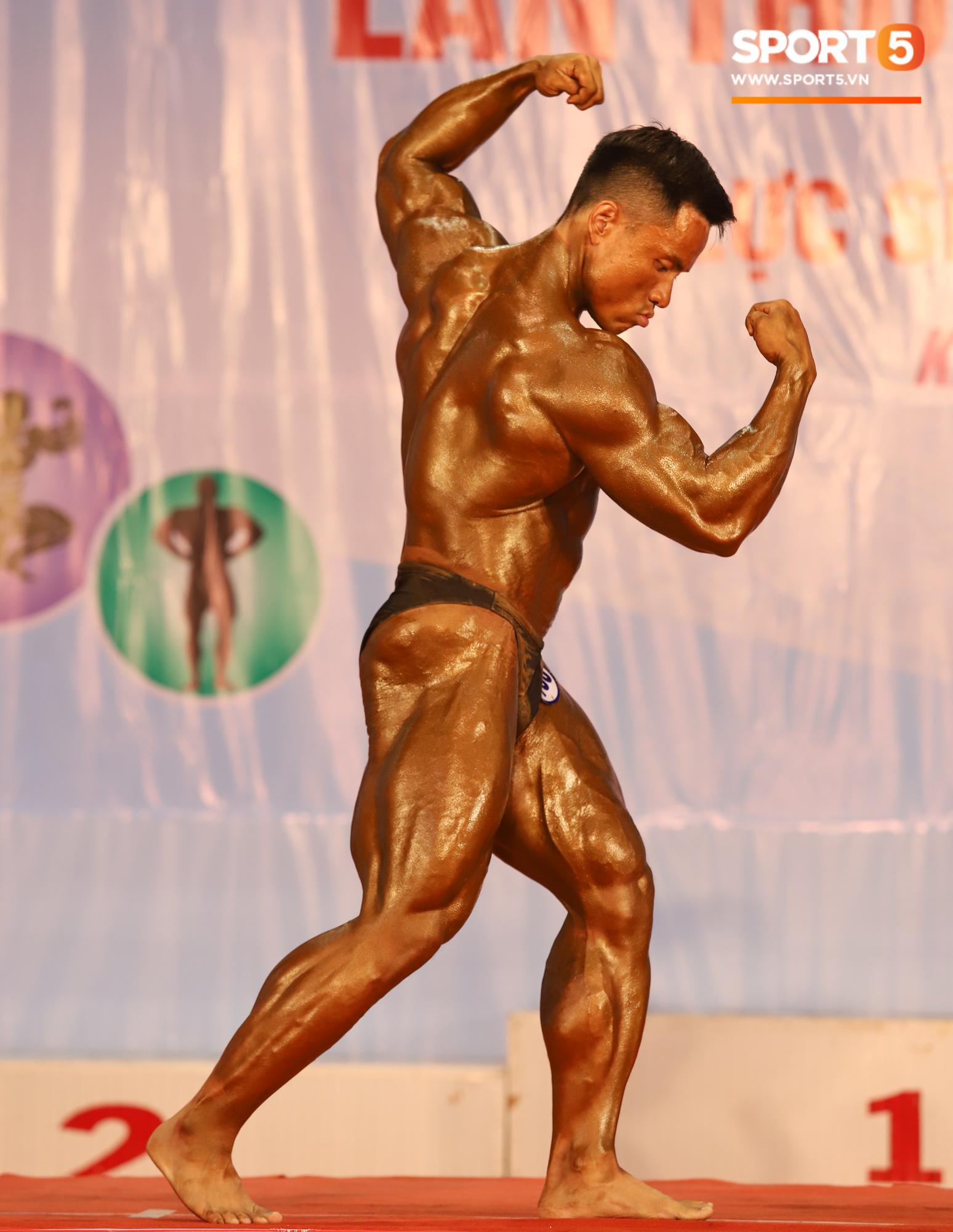 Từ 146 kg, chàng trai béo phì lột xác thành nhà vô địch tuyệt đối ở Giải thể hình danh giá nhất Việt Nam - Ảnh 13.