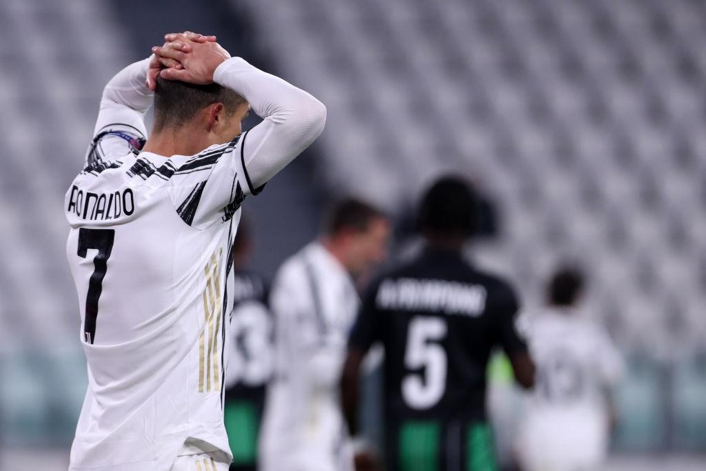Ronaldo ghi bàn đưa Juventus vào vòng knock-out Champions League - ảnh 6