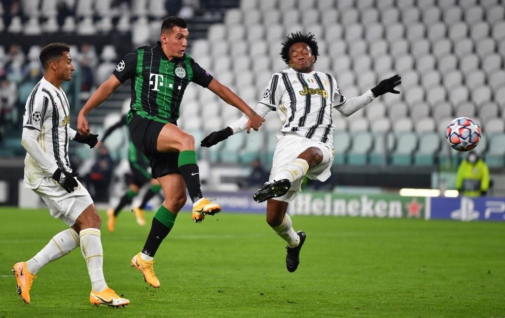 Ronaldo ghi bàn đưa Juventus vào vòng knock-out Champions League - ảnh 3