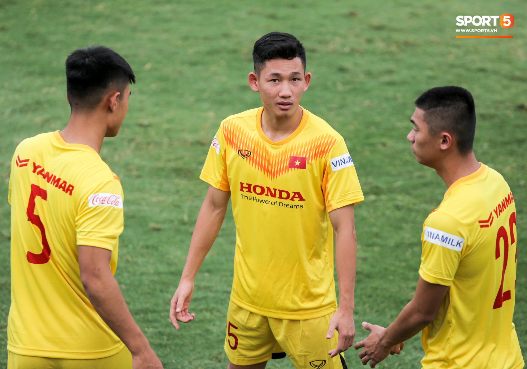 Điểm danh những gương mặt mới nổi của đội tuyển Việt Nam dưới thời HLV Park Hang-seo - ảnh 14
