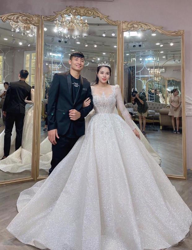 Đám cưới Tiến Dũng - Khánh Linh sẽ tổ chức tại 3 địa điểm giống Công Phượng - Viên Minh - Ảnh 1.