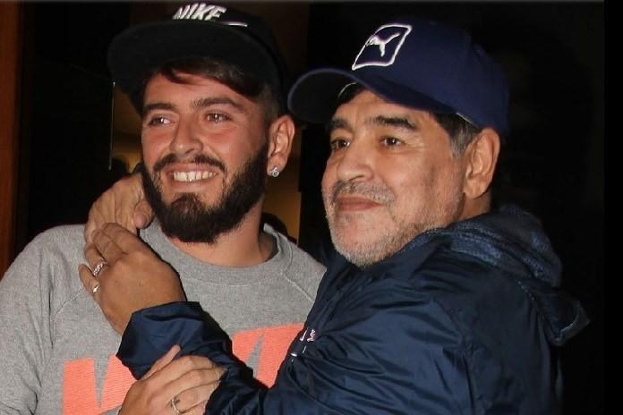"""Con rơi của Maradona: """"Đội trưởng trong tim con không bao giờ chết"""" - Ảnh 1."""