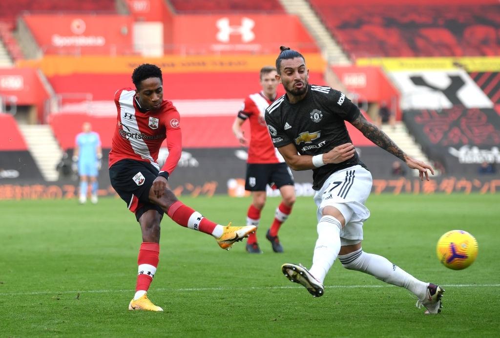 Bị dẫn 2 bàn, Man Utd vẫn thắng ngược kịch tính nhờ cú đúp giàu cảm xúc của Cavani - ảnh 4