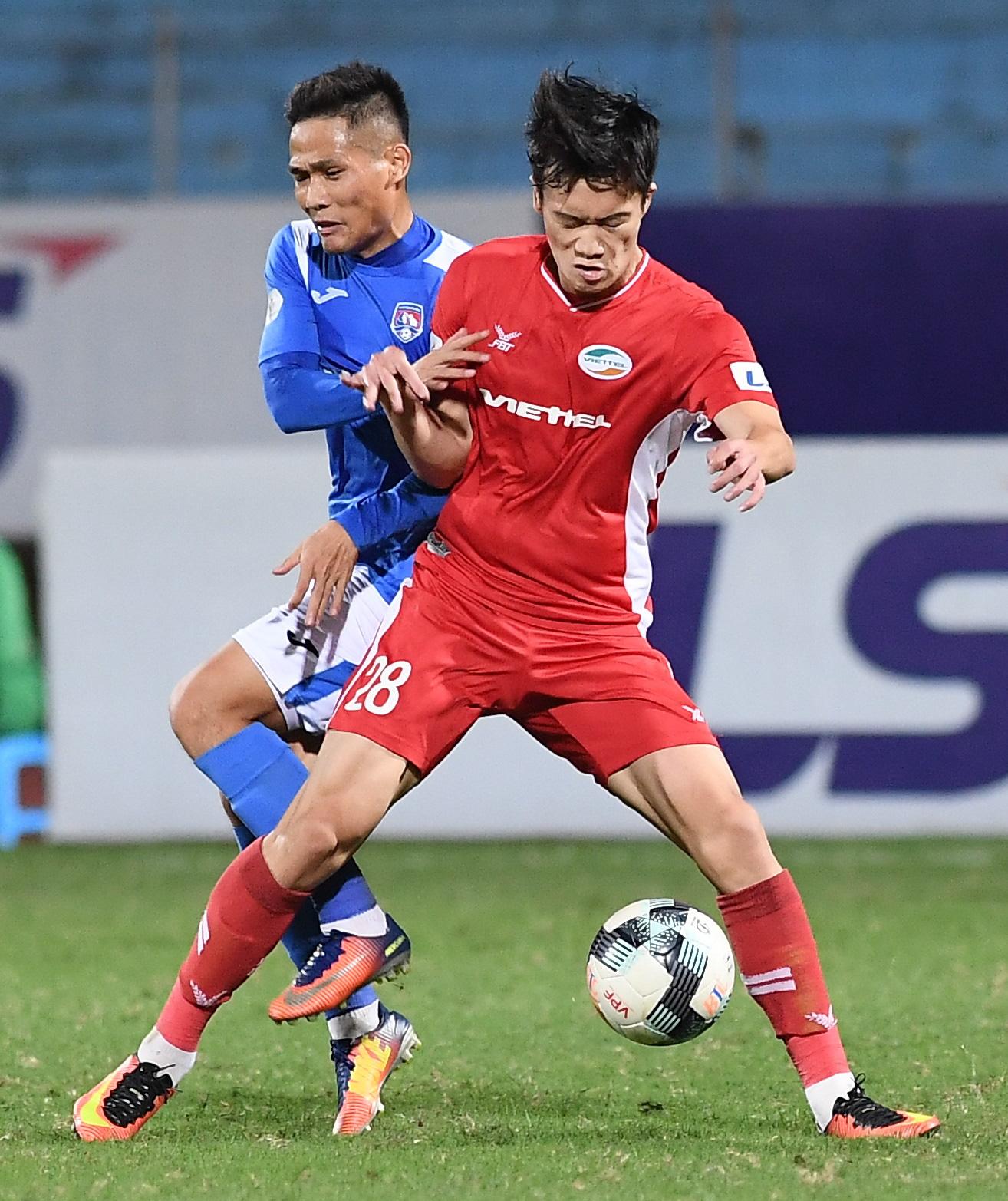 Cầu thủ điển trai được đề cử cho HLV Park Hang-seo khiến tất cả giật mình vì nằm ôm bụng dưới và cái kết thở phào - Ảnh 6.