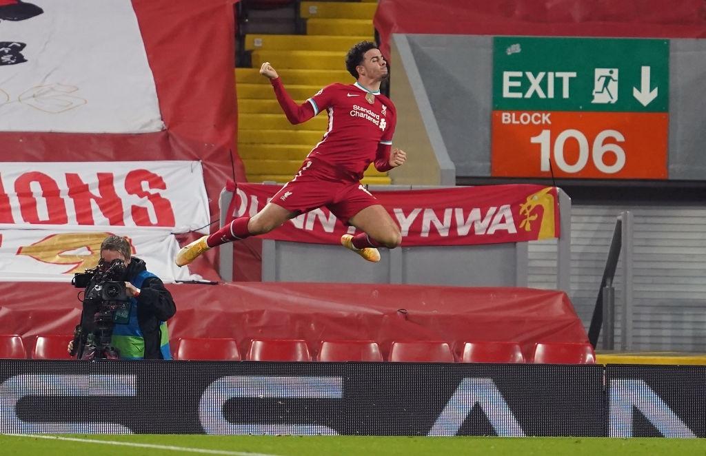 Sai lầm ngớ ngẩn của thủ môn giúp Liverpool giành vé vào knock-out Champions League - ảnh 8