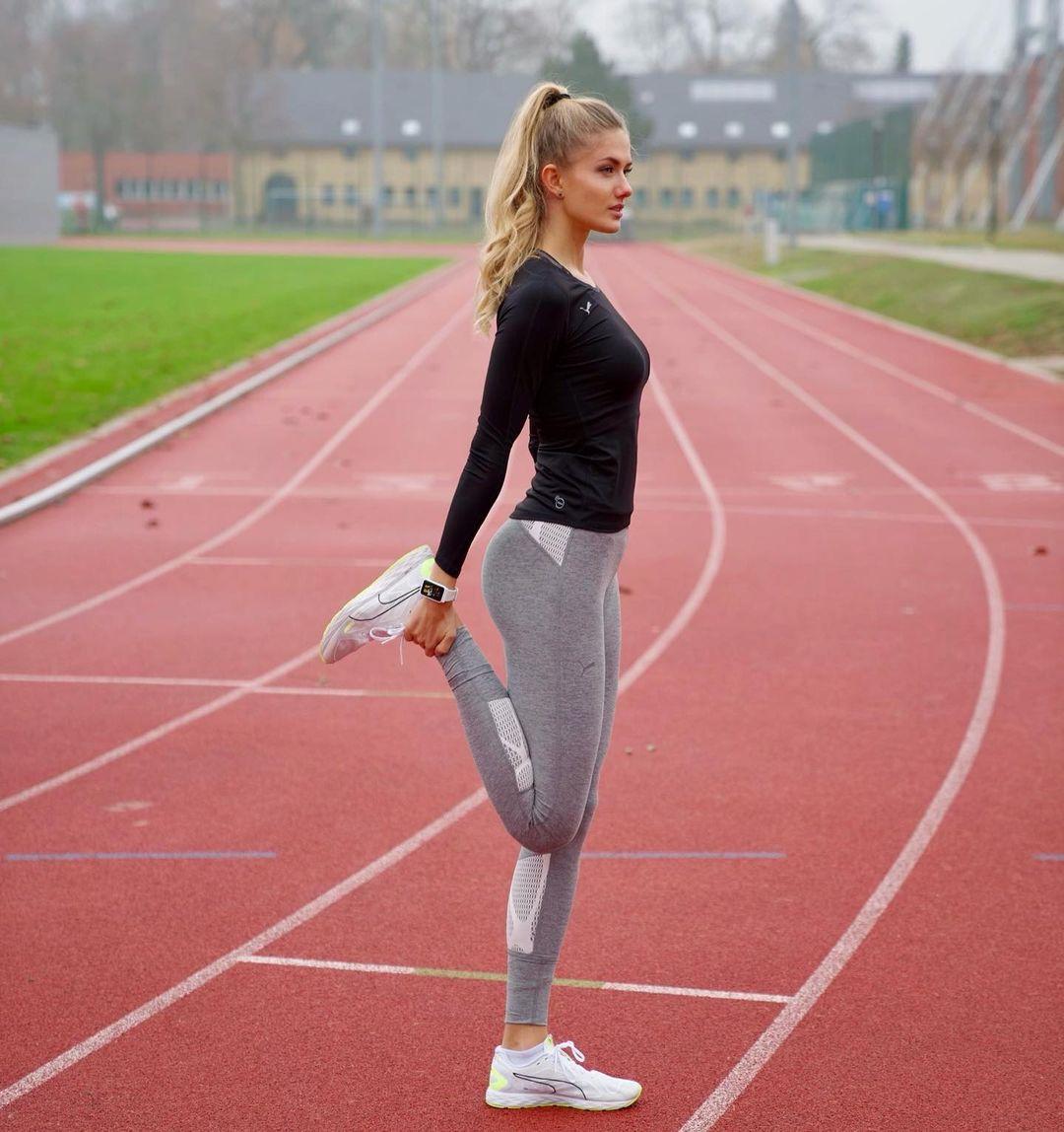 Dàn mỹ nhân thể thao mừng mùa Lễ hội: Người đẹp như thiên thần, kẻ chăm chỉ tập luyện nhưng vẫn toát lên thần thái tuyệt phẩm - Ảnh 3.
