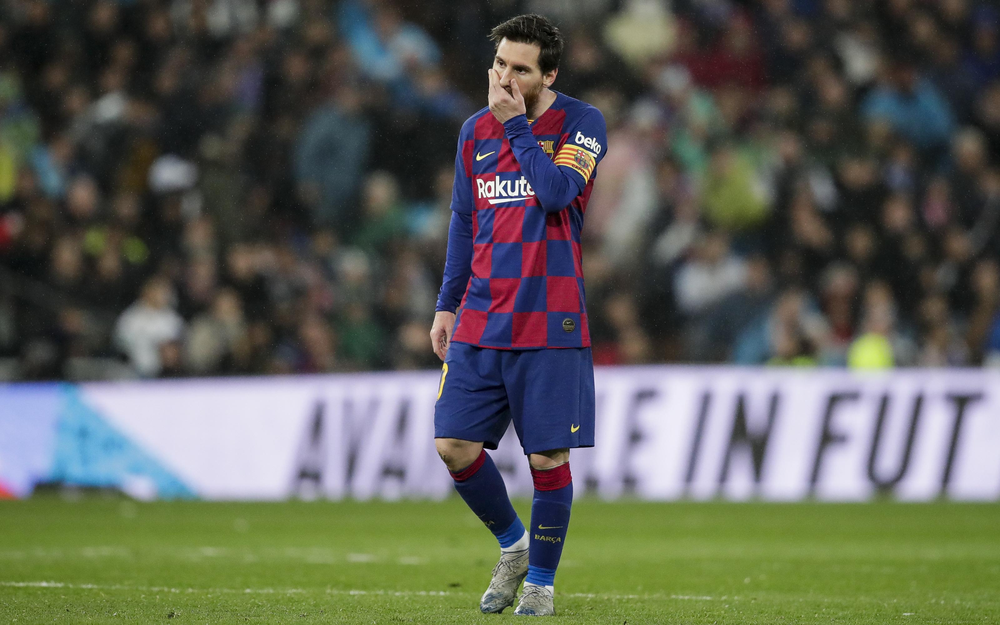 """Quyền Chủ tịch Barca gây sốc """"Tôi sẽ bán Messi ngay mùa hè tới"""""""