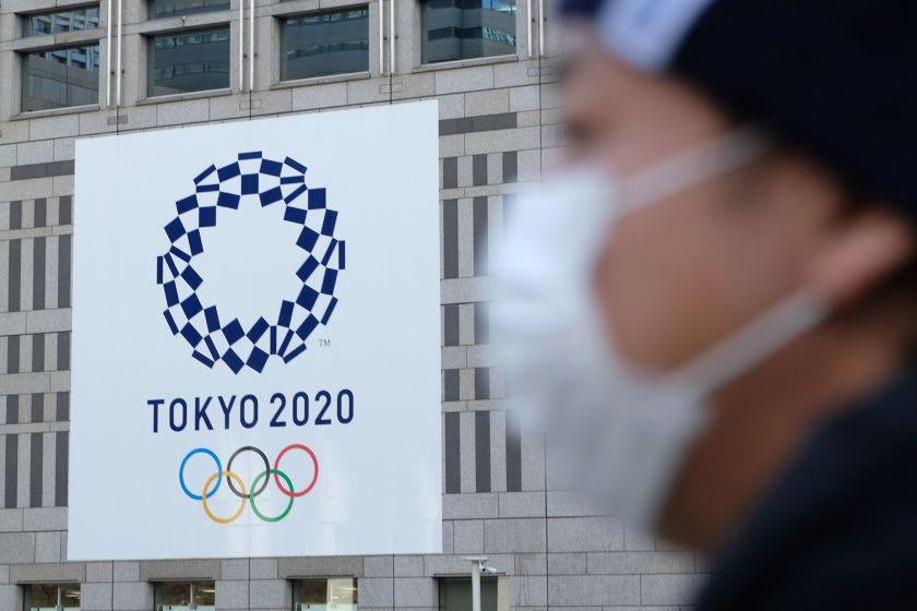 Olympic Tokyo bị hoãn: Thành trì cuối cùng của thể thao thế giới sụp đổ trước Covid-19 và lần hiếm hoi người Nhật bị chỉ trích - Ảnh 2.