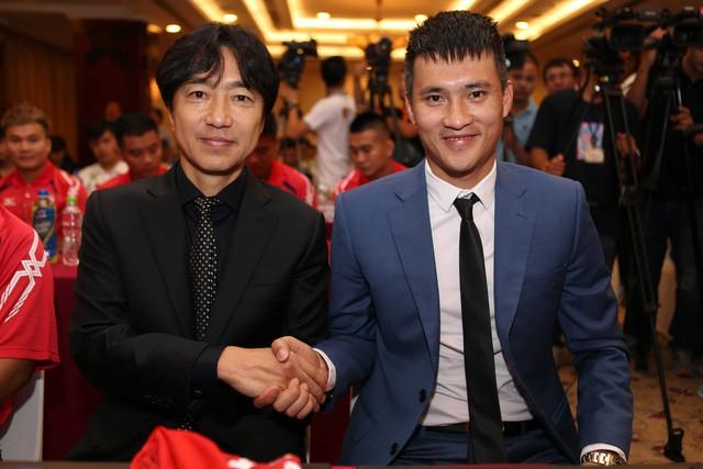Cựu HLV tuyển Việt Nam đến CLB hạng 3 Nhật Bản làm việc - Ảnh 2.