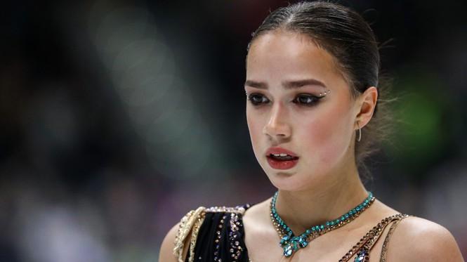 'Thiên thần' trượt băng được ông Putin chúc mừng sinh nhật - Ảnh 3.