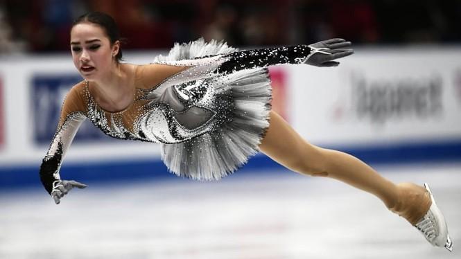 'Thiên thần' trượt băng được ông Putin chúc mừng sinh nhật - Ảnh 6.