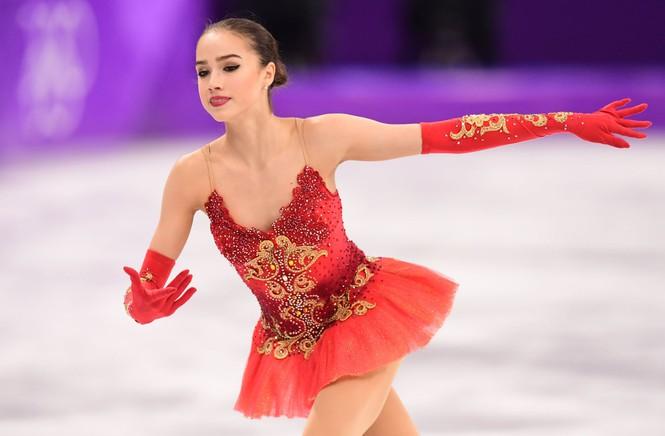 'Thiên thần' trượt băng được ông Putin chúc mừng sinh nhật - Ảnh 9.