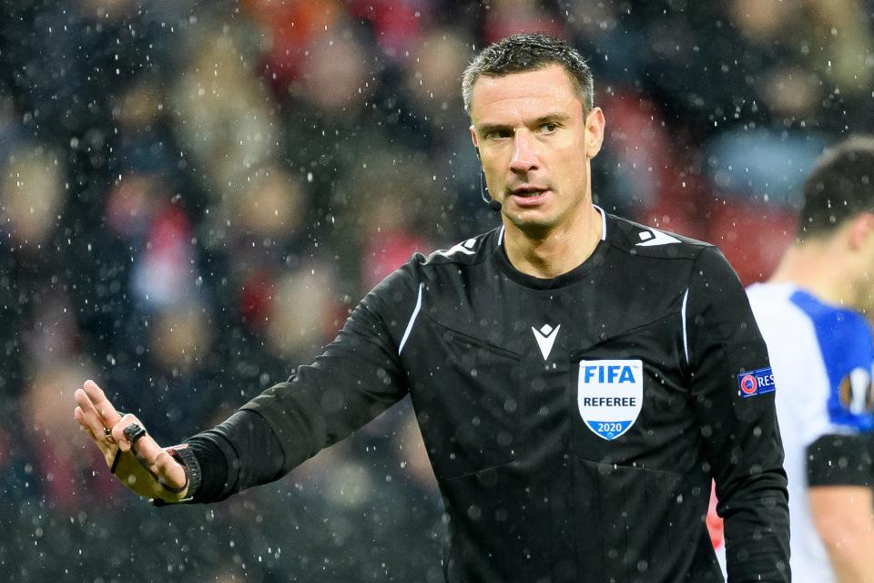 Trọng tài thổi trận có Liverpool, Man City ở Champions League bị bắt khẩn cấp - Ảnh 1.