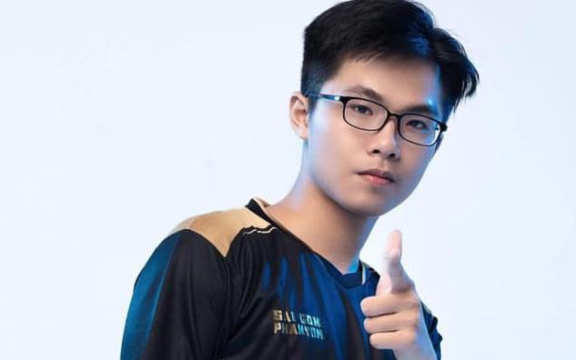 """Thần đồng Lai Bâng """"phá đảo"""" server Thái Lan trước khi lần đầu tranh tài tại đấu trường quốc tế"""