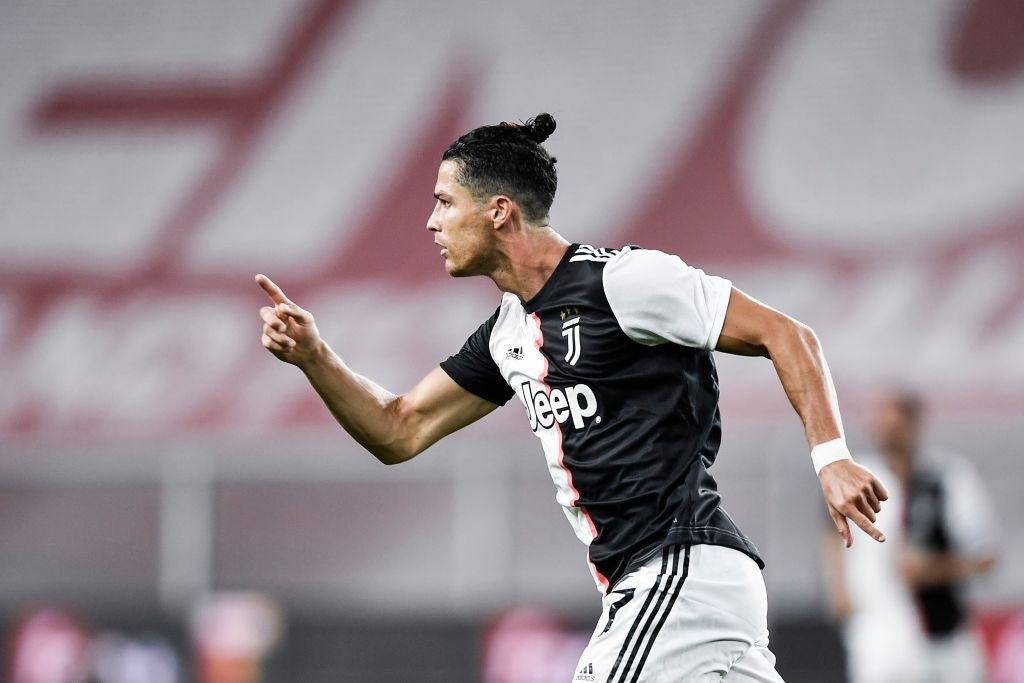 Ronaldo lại ghi bàn đẳng cấp giúp Juventus tiếp tục bay cao trên ngôi đầu Serie A - Ảnh 7.