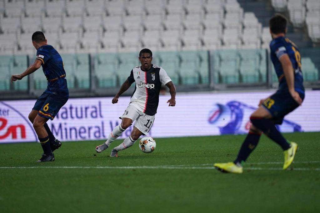 Ronaldo lại ghi bàn đẳng cấp giúp Juventus tiếp tục bay cao trên ngôi đầu Serie A - Ảnh 9.