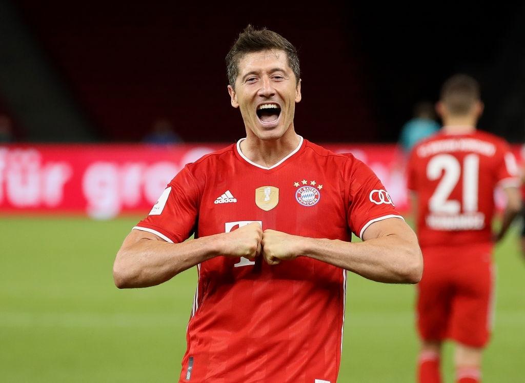 Ghi bàn vừa đẳng cấp vừa hài hước, chân sút đáng sợ nhất châu Âu mùa này giúp Bayern hoàn tất cú đúp danh hiệu - Ảnh 2.