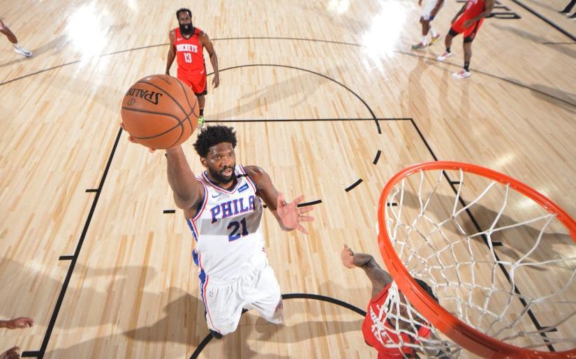 Hủy diệt Houston Rockets với cách biệt 38 điểm, Philadelphia 76ers tự tin bước vào vòng Playoffs