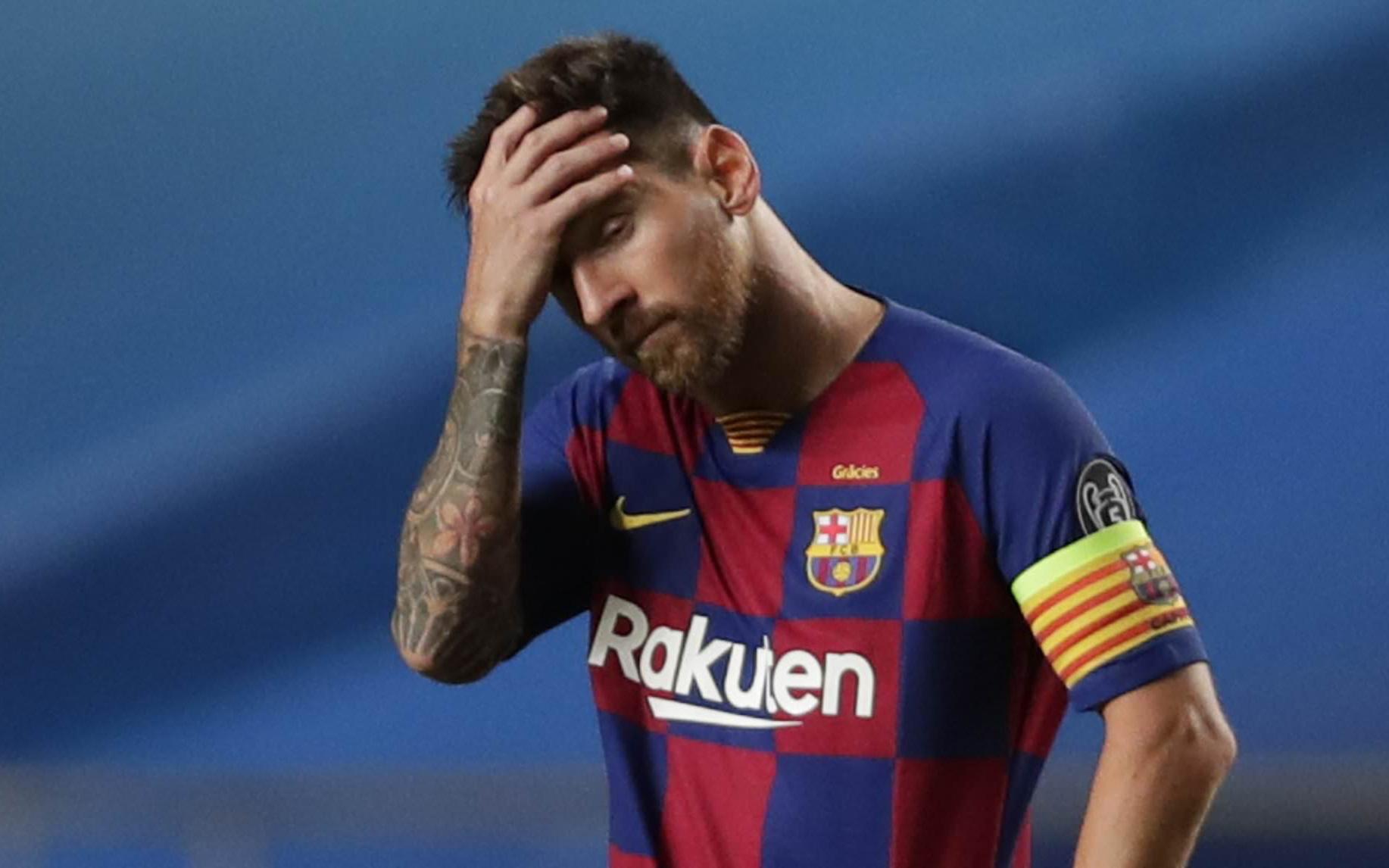Messi bỏ buổi tập đầu tiên dưới thời tân HLV Ronald Koeman