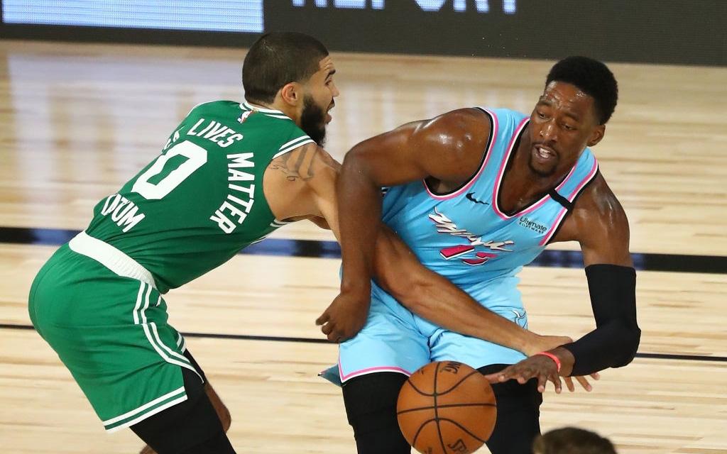 Sau khi tỏa sáng giúp Miami Heat đánh bại Boston Celtics, Bam Adebayo chia sẻ từng mất ngủ vì để thua Raptors