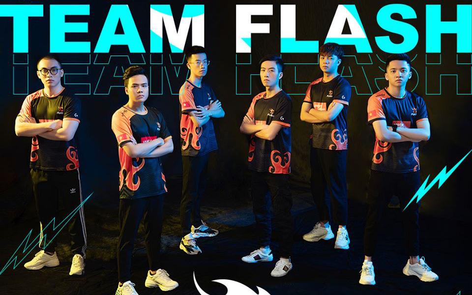 """Team Flash chính thức công bố thành viên thứ 6, sẵn sàng """"chinh chiến"""" tại Đấu Trường Danh Vọng"""