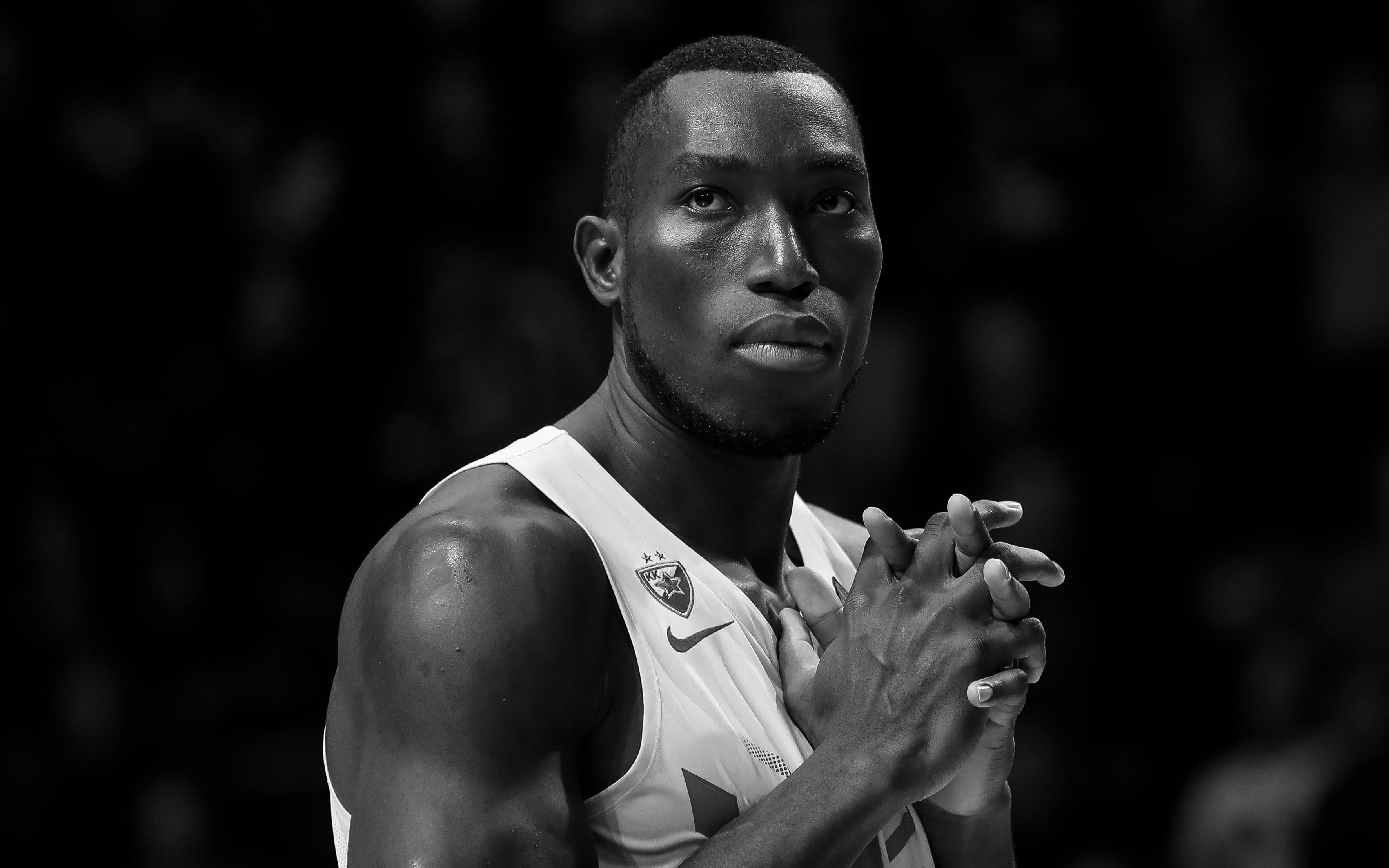 Đột quỵ trên sân tập, cựu sao bóng rổ đại học Mỹ qua đời thương tâm ở tuổi 27