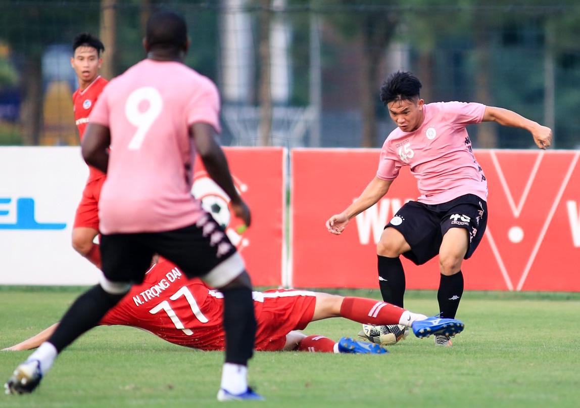 Quang Hải và cơ hội vàng giải vận hạn, dứt cơn khủng hoảng trong ngày bóng đá Việt trở lại - Ảnh 1.