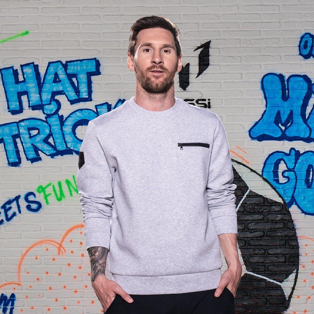 Lionel Messi vượt Ronaldo, trở thành cầu thủ kiếm tiền giỏi nhất năm 2020 - Ảnh 1.