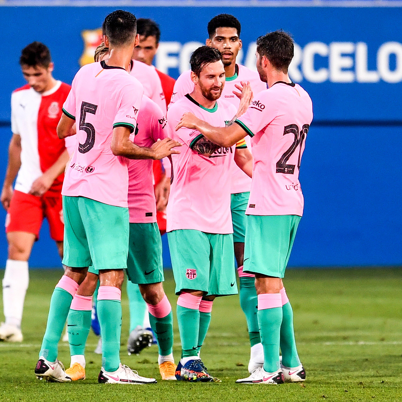 Trong bộ trang phục nấm lùn, Messi lập siêu phẩm theo cách ít thấy - ảnh 4