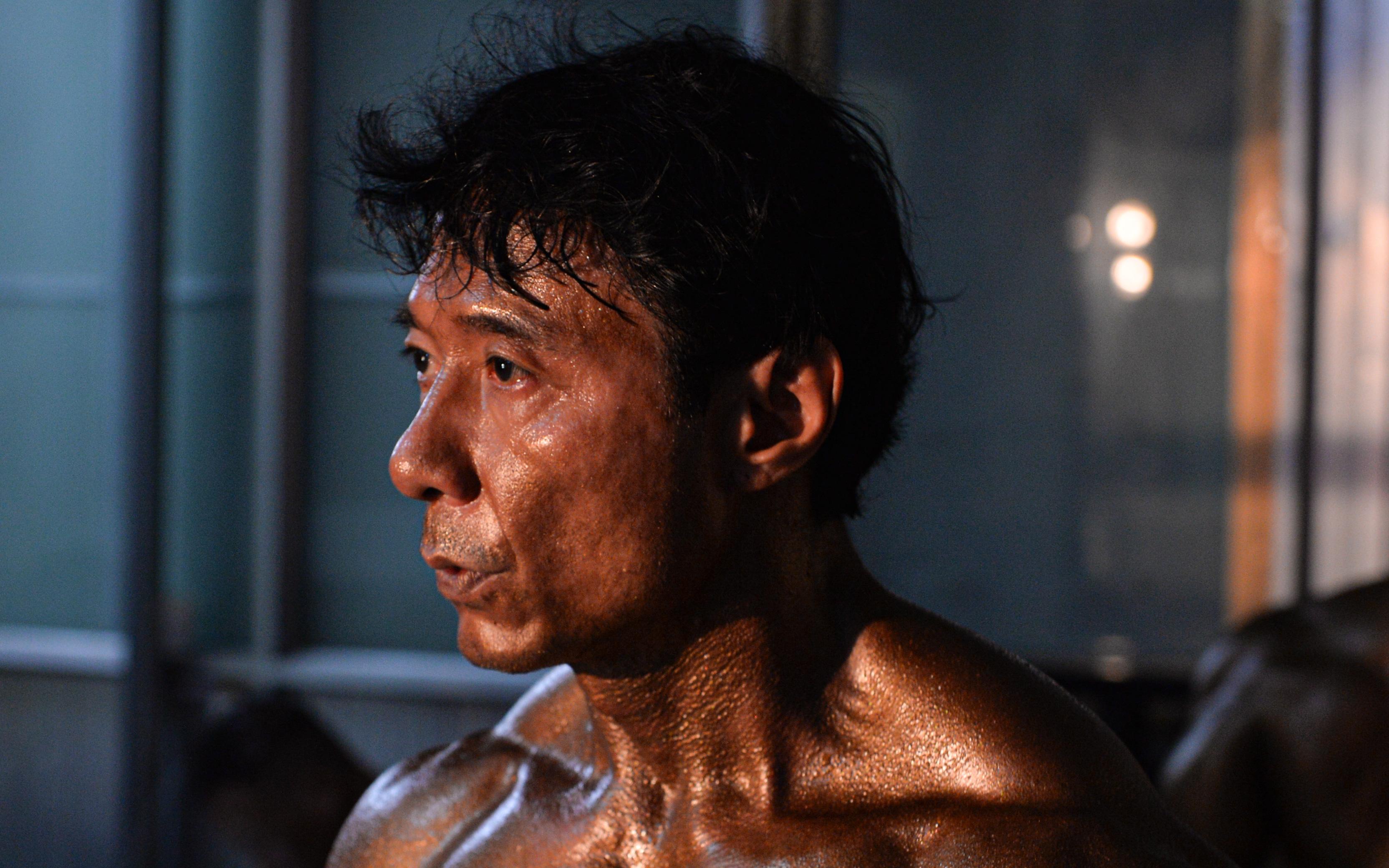 Lực sĩ Việt kiều Tăng Thiệu Cường lần thứ 3 vô địch thể hình lão tướng quốc gia: Body vạn người mê, tuổi 54 vẫn khiến thanh niên ngả mũ thán phục