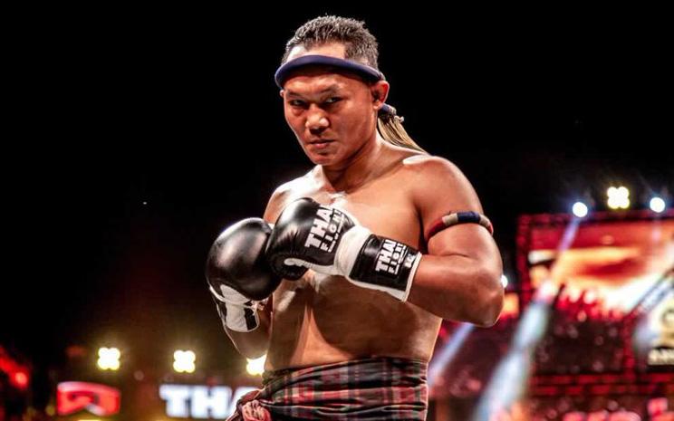 """""""Vua Muay Thái"""" Saenchai giành chiến thắng ấn tượng ở tuổi 40"""