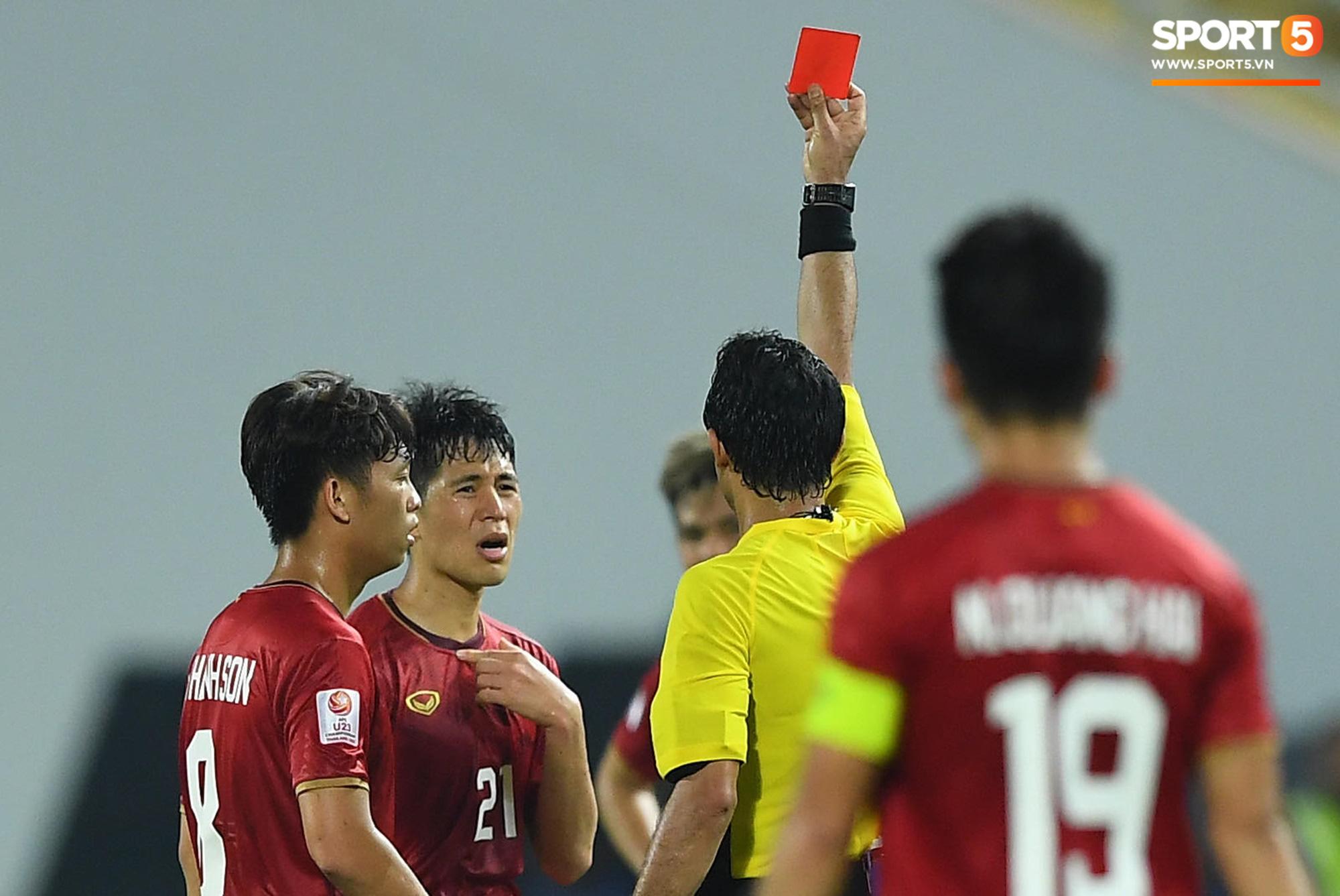 Rộ tin Trần Đình Trọng âm thầm lên bàn mổ và nghỉ hết năm 2020, đại diện Hà Nội FC nói gì? - Ảnh 3.