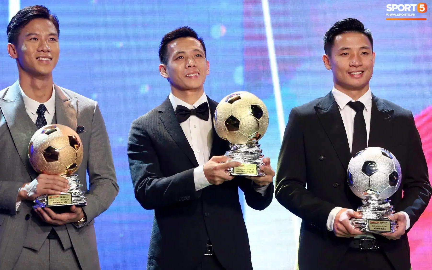 Nóng: Văn Quyết lần đầu giành Quả bóng vàng Việt Nam