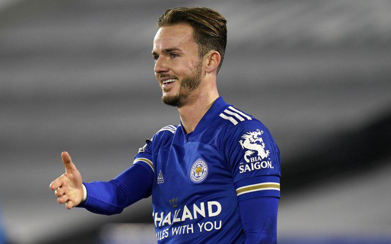 """Sao Leicester không cho đồng đội chung vui bàn thắng để tuân thủ quy định phòng dịch, diễn cảnh ăn mừng một cách """"không hề giả trân"""""""