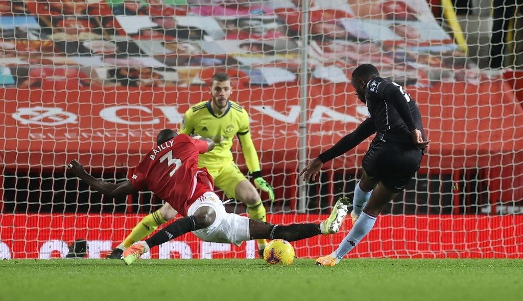 Bruno Fernandes và Pogba tỏa sáng giúp MU bằng điểm đội đầu bảng Liverpool - Ảnh 9.