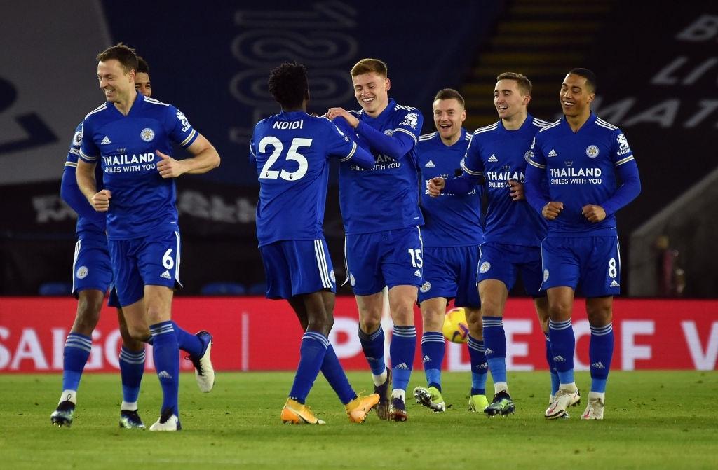 Hạ đẹp Chelsea, đội bóng của tỷ phú Thái Lan vượt MU, vươn lên ngôi đầu Ngoại hạng Anh - ảnh 3