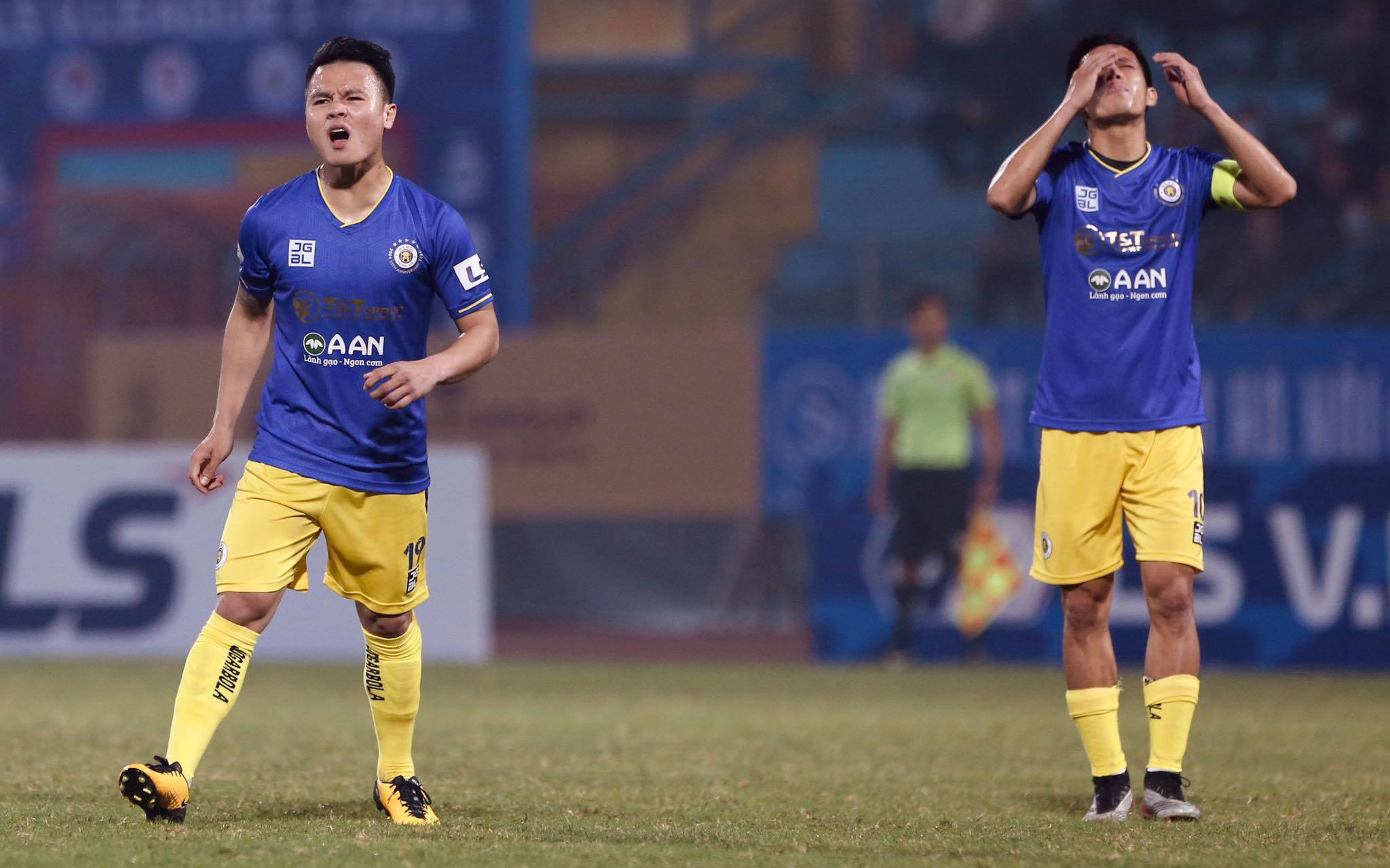 Thi đấu thất vọng, CLB Hà Nội thua ngược 1-2 Bình Dương ngay trên sân nhà Hàng Đẫy