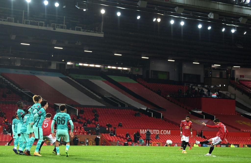 Bruno sút phạt đẳng cấp, Man Utd ngược dòng loại Liverpool khỏi cúp FA - ảnh 2