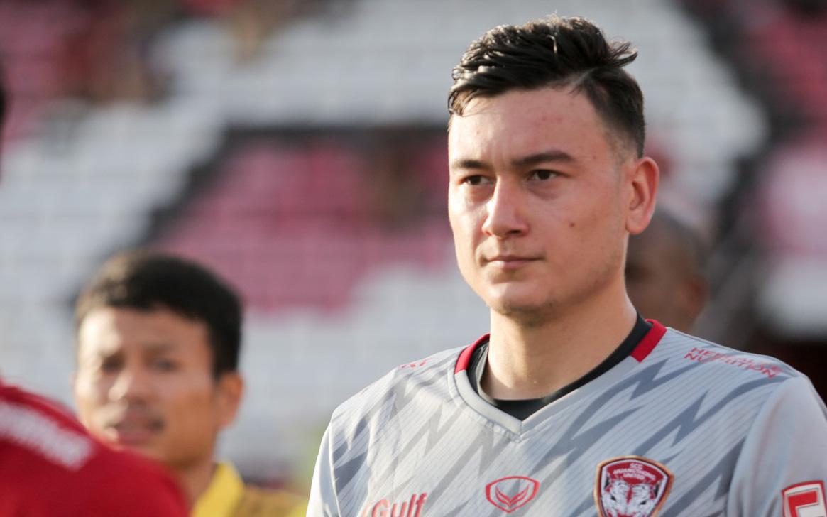 Văn Lâm đối diện án phạt cấm thi đấu 6 tháng nếu thua kiện