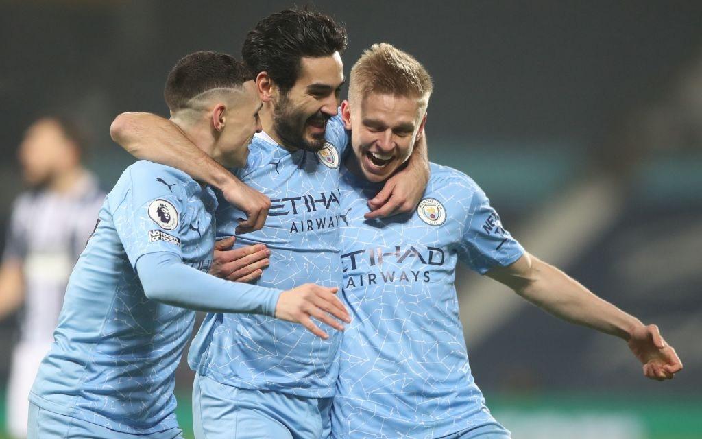 """""""Hủy diệt"""" đối thủ 5-0, Man City chiếm ngôi đầu của MU"""